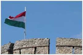 Pécs - magyar zászló